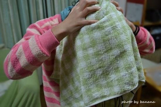 子供が自分で頭を拭けるタオル