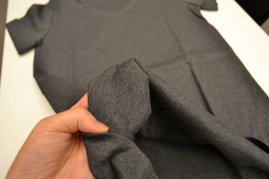 綿100%の汗シミの目立たないTシャツ