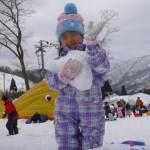 子供の雪遊び!服装・靴・持ち物のまとめ
