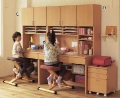 2台並べて置ける勉強机