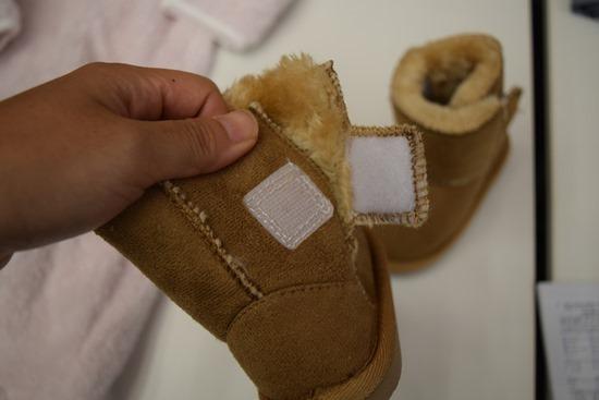赤ちゃんでも履けるかわいいブーツ