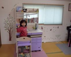 子供部屋のかわいい壁紙リフォームに壁紙シール